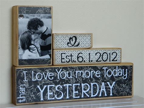 personalized wedding gifts in canada