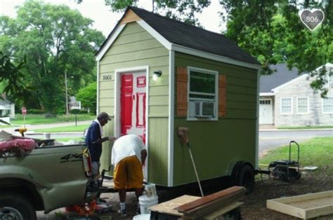 Tiny House Community For Homeless by Builds Micro Homes For Homeless Living In Tents