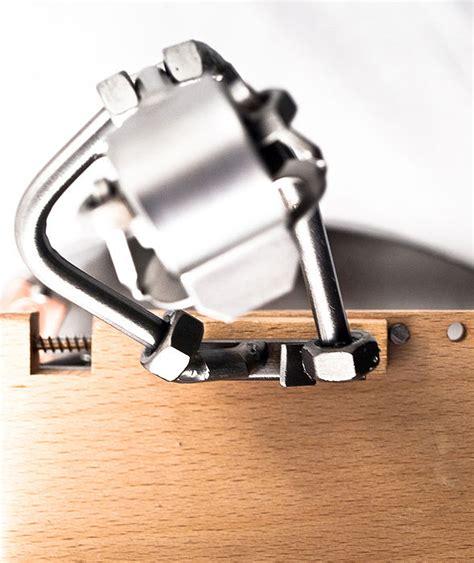 schreiner oder tischler schraubenm 228 nnchen tischler oder schreiner