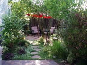 eckbank garten interleafings garden designers roundtable lawn alternatives