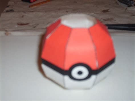 How To Make A Origami Pokeball - simple pokeball papercraft by austinmeadows
