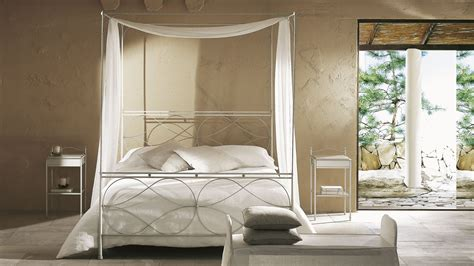 white queen canopy bed canopy queen bed burnt alder marlon queen canopy bed