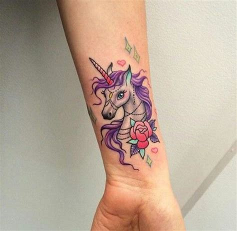 tattoo en el pie 20 tatuajes de unicornio que vas a querer tener en todo el