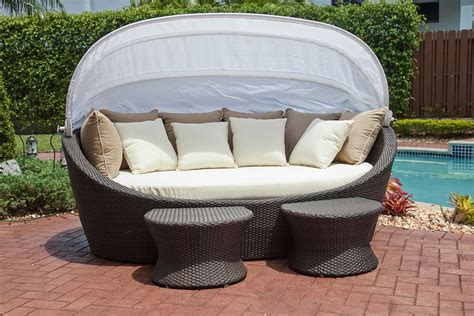 luxury outdoor lounge bed with canopy 232011 patio 10 outdoor daybeds you ll want to use indoors
