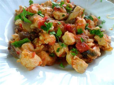 mantarli tavuk sote lezzet tanesi yemek tarifleri mantarli tavuk sote4 pratik ev yemek tarifleri en