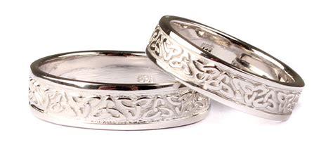 claddagh ring set 9 ct white gold claddagh wedding ring set celtic