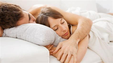 bedroom sex photos spanie we dwoje cosmopolitan pl