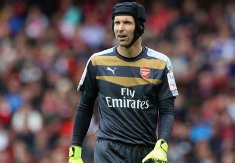 arsenal goalkeeper cech to be named new arsenal captain allsoccerplanet