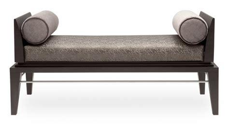 timeless bed bench interna