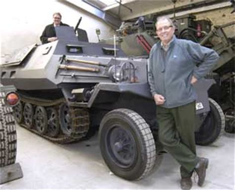 hibious vehicle military tracked military vehicles