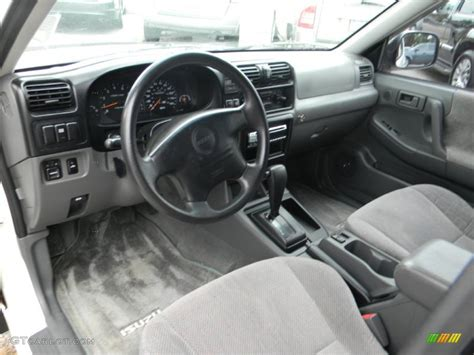 2001 Isuzu Rodeo Interior by Isuzu Rodeo 1999 Interior