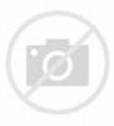 Contoh model baju kerja wanita warna biru. Bahan utamanya adalah high