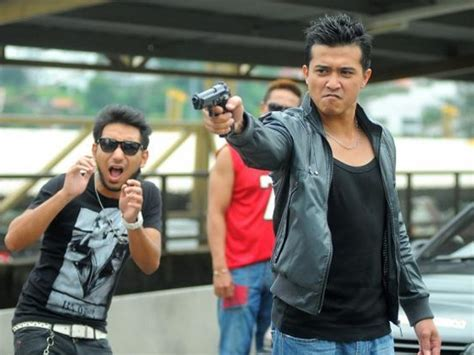 film gangster kl 2 9 hunky asian actors we d like to see play mulan s love