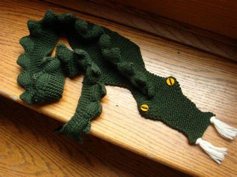 knitting pattern dragon scarf dragon scarf yarniness pinterest