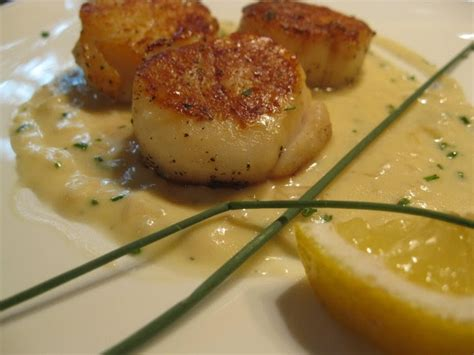 beurre blanc sauce recipe fatback and foie gras pan seared scallops with chive