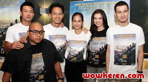 5 cm film indonesia download ganool sapa yang udah nonton filem 5cm ane bukan promosi cuma