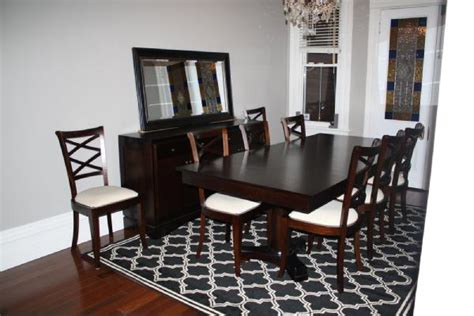 how to choose the area rug for your dining room
