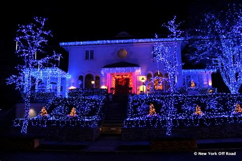 christmas lights in brooklyn tour the elaborate christmas lights of dyker heights brooklyn