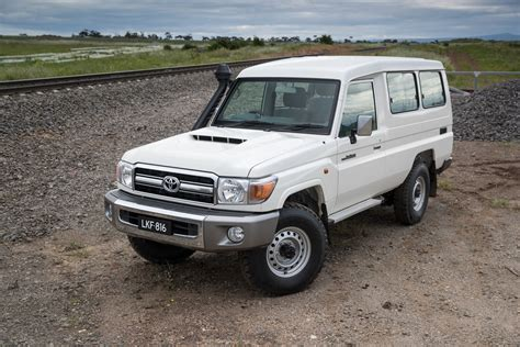 toyota land cruiser 70 2017 toyota landcruiser 70 series review caradvice