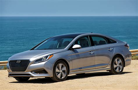 2016 Sonata Review by 2016 Hyundai Sonata Hybrid Review Gearopen