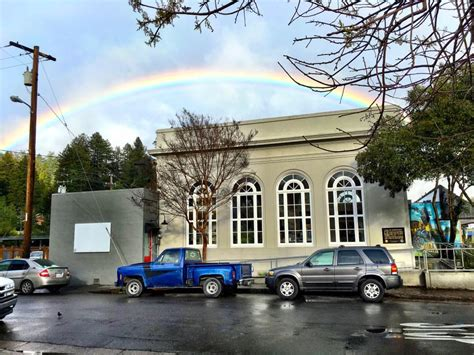 The Tasting Room Bank by Cheers To Guerneville S Downtown Tasting Room