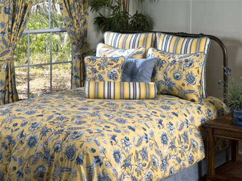 4pc yellow white blue jacobean botanical design comforter