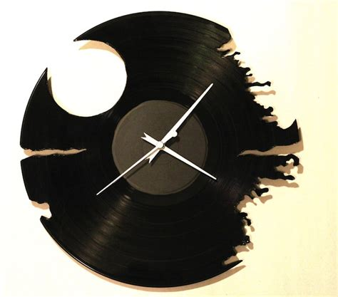 Record Of Deaths Recycled Record Clock Craziest Gadgets