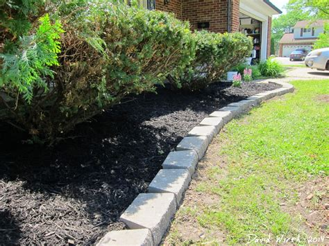 Landscape Edging Blocks Easy Landscape Block Wall And Mulch