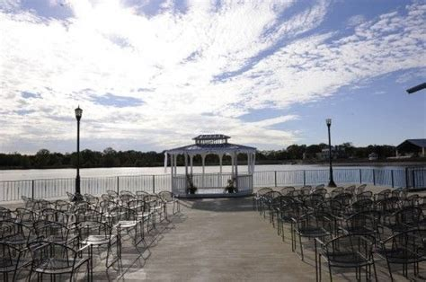 Outdoor Wedding Ceremony & Reception Venue Lake Lyndsay