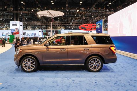new ford 2018 expedition 2018 ford expedition look review bigger but lighter