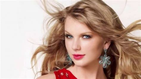 best singers top 10 most beautiful singers in the world
