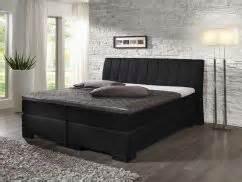 Schlafzimmer Mit Schrge Einrichten Besser Schlafen Das Schlafzimmer Mit Feng Shui