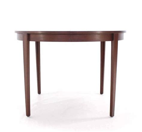 Extendable Meeting Table Extendable Boardroom Table Extendable Boardroom Table Pechino Extendable Boardroom Table