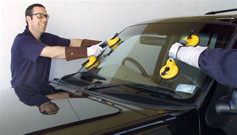 optimal auto glass montrealwindshield replacement