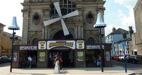 great yarmouth indoor market great yarmouth united kingdom hollywood indoor adventure golf children s activity