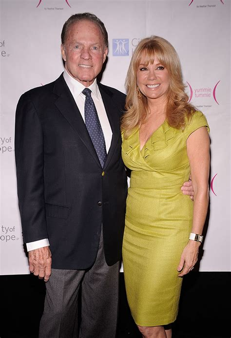 kathie lee gifford is how old frank gifford dead kathie lee gifford s husband nfl