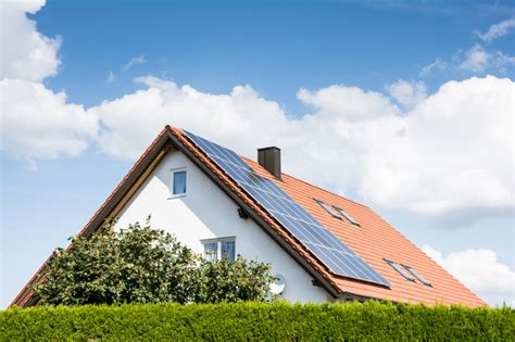 buying a house with leased solar panels a guide to solar costs should i lease or buy solar power authority