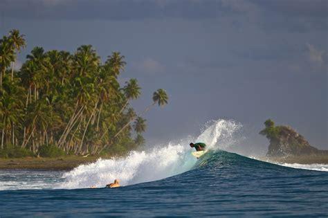 videos nias nias hinako sumatra surf trip