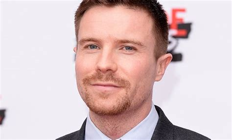game of thrones star joe dempsie joins us spy drama deep state