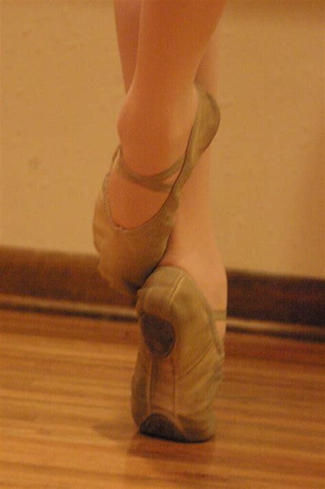 artemide le sur pied boys do ballet hans 1