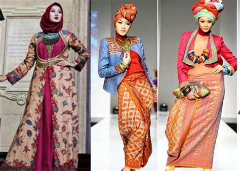 Gamis Batik Pelangi 75 model gamis batik kombinasi yang feminim duabatik