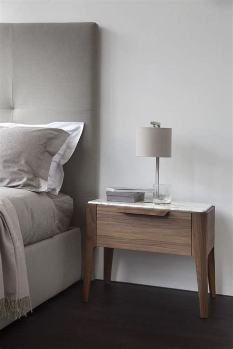 Modern Table Ls For Bedroom by Best 25 Modern Bedside Table Ideas On