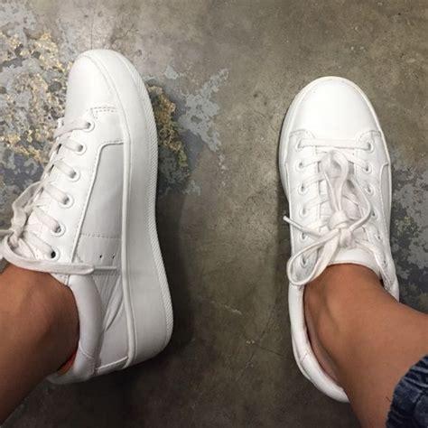 steve madden shoes steve madden bertie sneaker worn once minimalistic simple plain