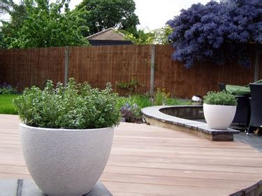 Small Back Garden Ideas Garden Design Ideas Landscaping Layout Tips For Back Garden Designs Ideas
