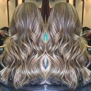 subtle hair color subtle babylights balayage hair color