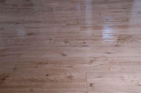 piastrelle color legno piastrelle color legno piastrelle in gres effetto legno
