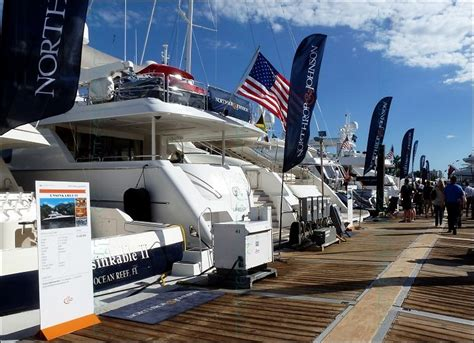 fort lauderdale boat light show fort lauderdale international boat show 2016 by