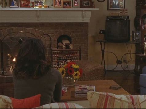 gilmore girls living room gilmore girls lorelai s house and the gilmore mansion