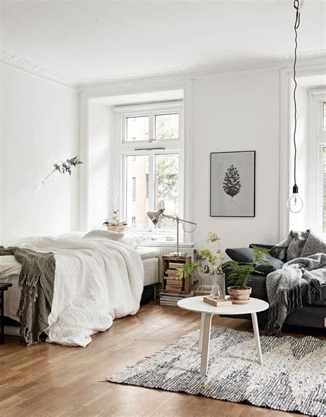 bedroom settee 25 best ideas about bedroom sofa on pinterest ikea bed
