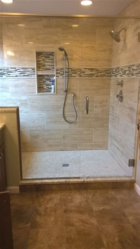 25 best ideas about shower tile designs on pinterest tile design ideas for bathrooms fresh best 25 bathroom